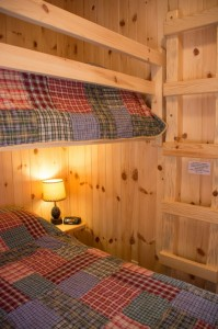 Cabin 0 Fox - Twin over Full