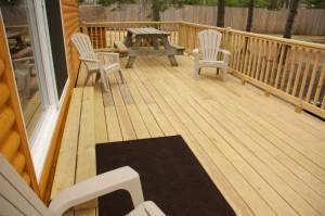 Cabin 1 Hummingbird - deck