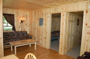 Cabin 3 Bear - living area