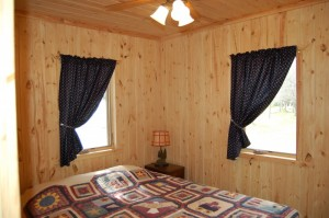 Cabin 4 Ladyslipper - queen