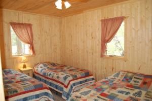 Cabin 7 Loon - 2 twins & 1 full