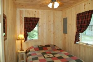Cabin 7 Loon - queen