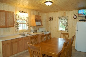 Cabin 7 Loon - kitchen