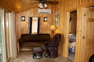 Cabin 8 Sunflower - living