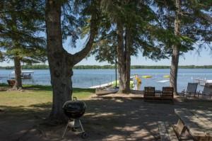 Cabin 3 Bear - lake view