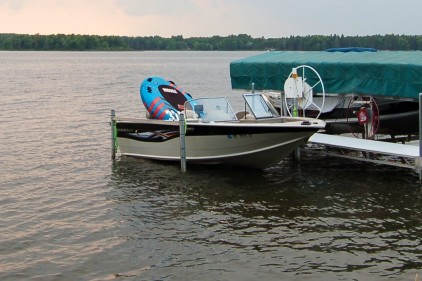 3000# Motorized Boat Lift