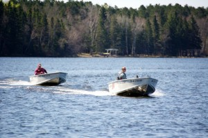 16ft Alumacraft 15 hp fishing boat